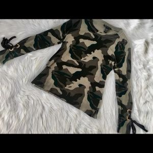 Women's Camo sweater!!!